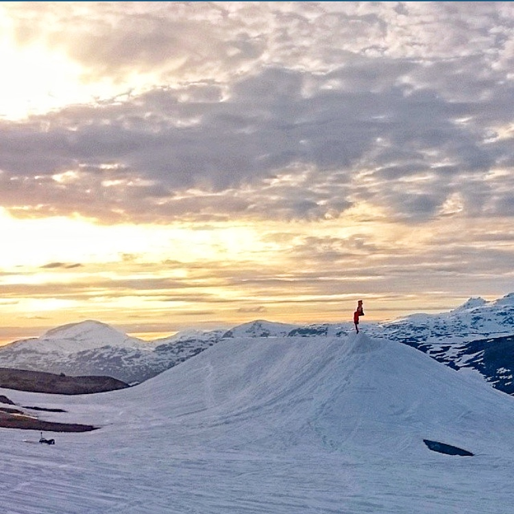 The Reason hits up Swedish Lapland with the Adidas Snowboarding team