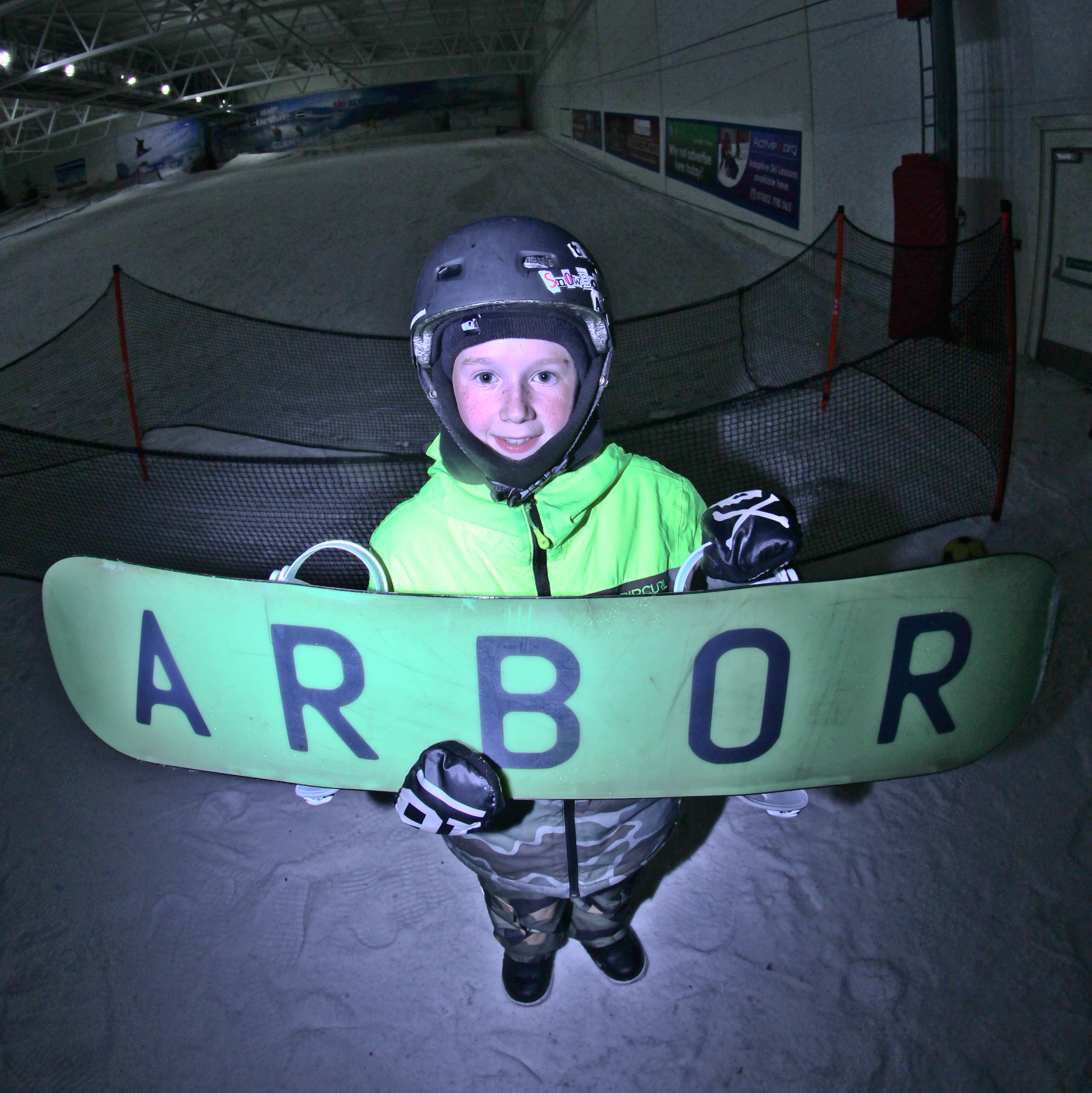 12 YEAR OLD LEON DRYNAN JOINS ARBOR SNOWBOARDS UK TEAM