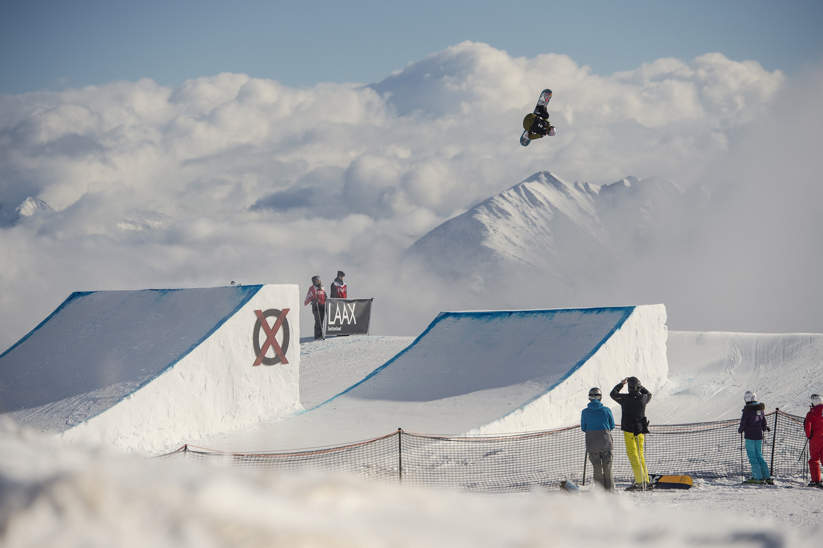 Canadian, Mark McMorris, and USA's, Jamie Anderson win 2016 LAAX OPEN Slopestyle Titles