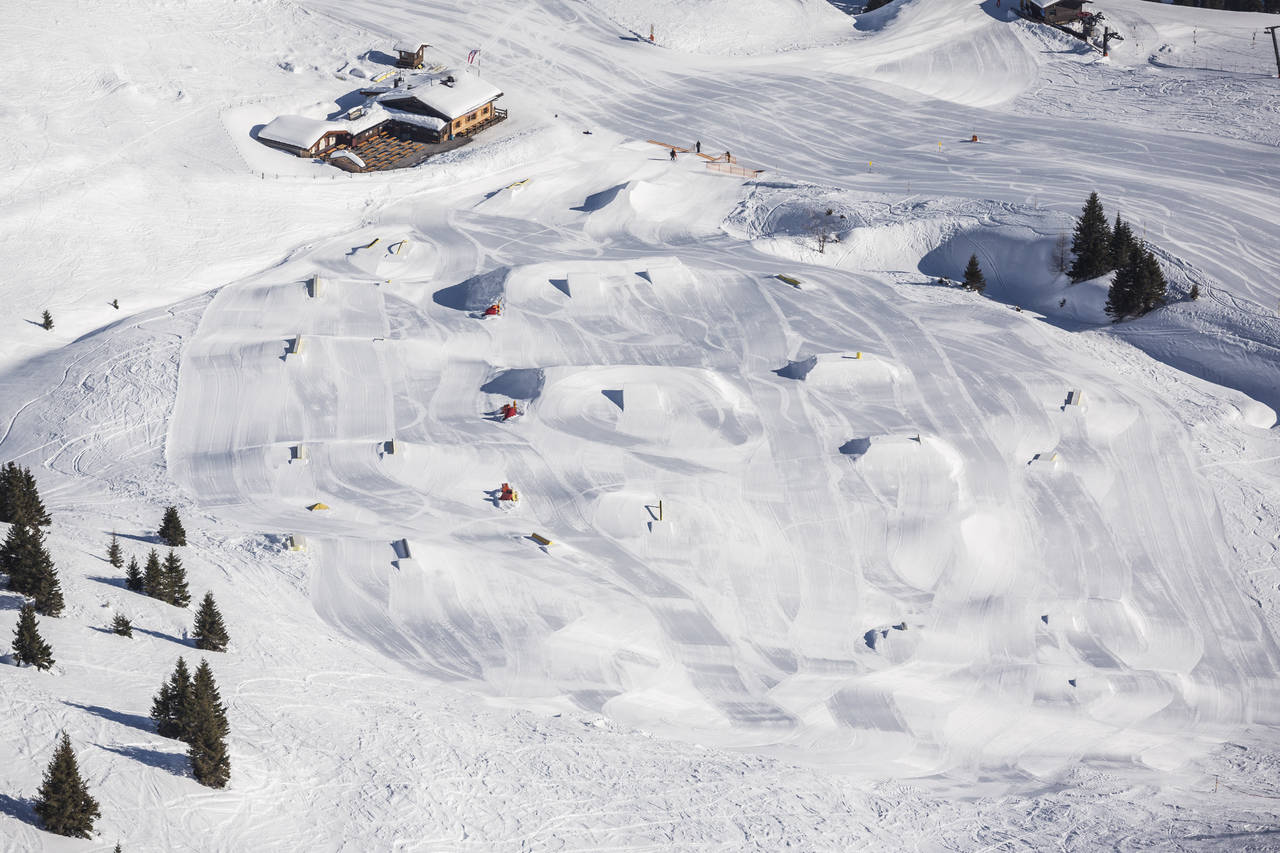 Park Life: Snowpark Gastein – From Pole Jam Jibs to Poker Chips