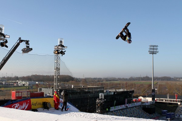 Billy Morgan (GBR) competes during qualifiers at FIS BA World Cup Moenchengladbach © Oliver Kraus