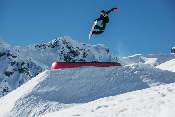 _web_schilthorn__18-02-2015__action_sb__unknown__marco_freudenreich__q-parks-45