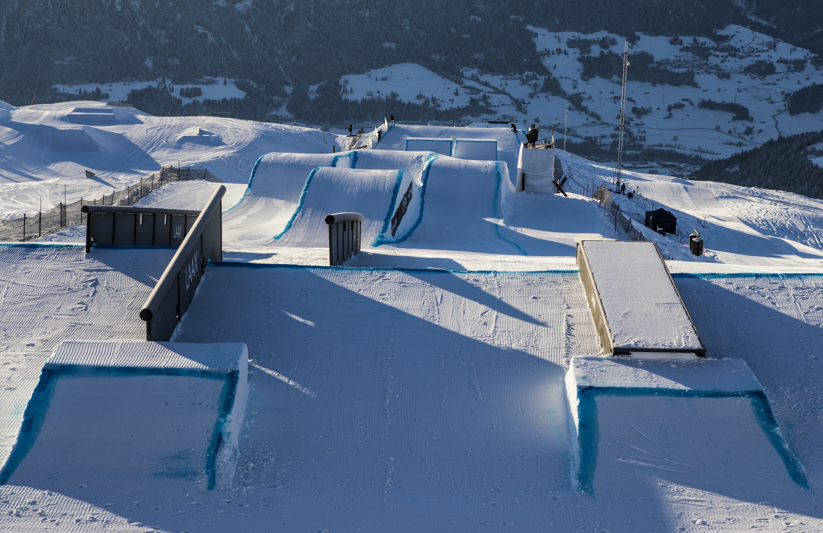 Toutant and Rukajärvi blast through the Laax Open Slopestyle Semis