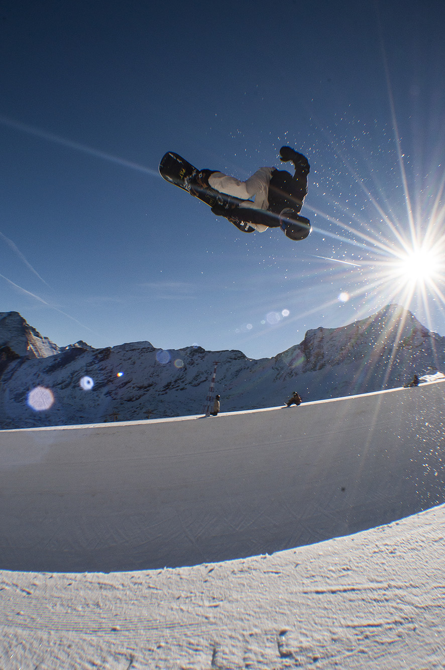 Kitzsteinhorn's Superpipe will be open to the public from the 4th December